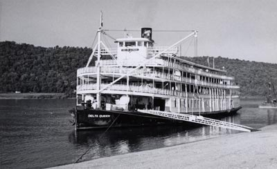DELTA QUEEN at Madison, Indiana