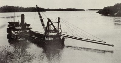 C. W. CADWELL in Niagara River
