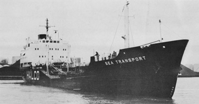 SEA TRANSPORT (II) turns in Oshawa harbour