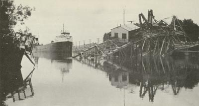 STEELTON and the wreckage of Welland Canal Bridge 12