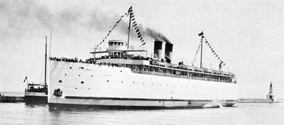 ONTARIO NO. 1 enters Cobourg harbour