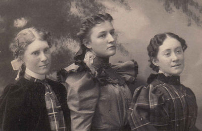 L-R Aunt Jessie, a cousin, Aunt Maggie