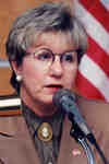 Joyce Savoline, politician