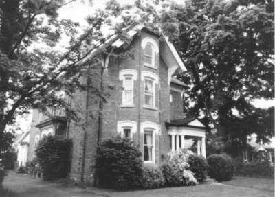 100 Victoria Street, Milton, Ontario