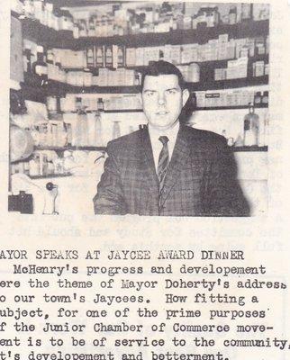 Mayor Doherty Speaks At Jaycees Award Dinner.