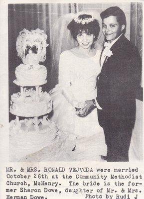 Wedding: Mr & Mrs Ronald Vejvoda