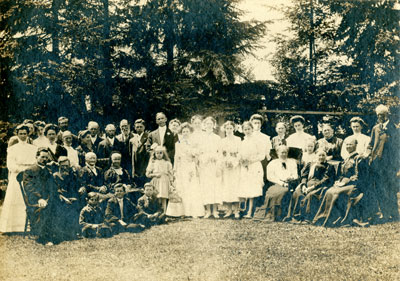 Wedding of Lillie Jane Best and Andrew Johnston Finch, 1907