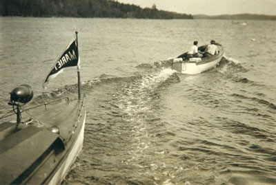 Bang and Go Back Race, Regatta Day, circa 1925
