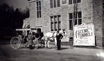 Horse Drawn Carriage in front of Table Rock House and entrance to Scenic Tunnels