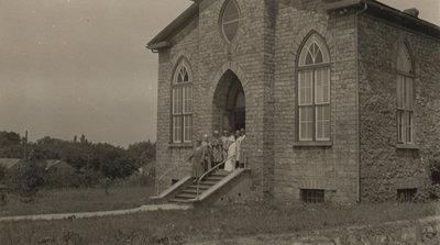 Women's Institute Hall opened in Queenston.