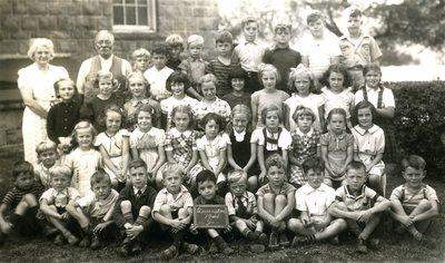 Laura Secord School in Queenston - Class photo of 1941 Junior Class