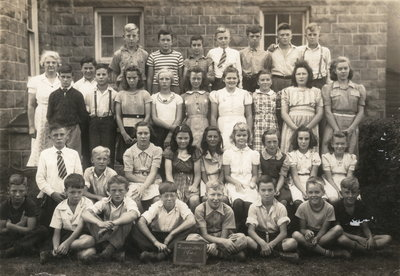 Laura Secord School in Queenston - Class photo of 1941 Senior Class