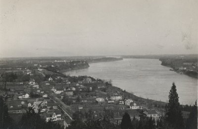 Panorama of Queenston and lower Niagara River