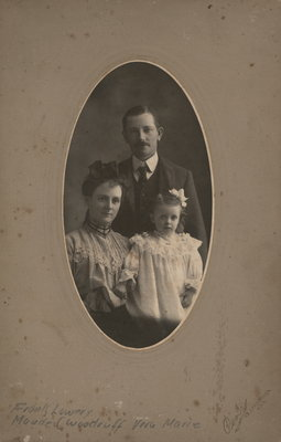 Family portrait of Frank Howard Lowrey, his wife Maud Elizabeth and their daughter Vera Marie