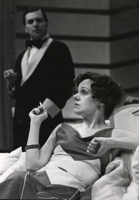"Fiona Reid as Amanda Prynne in ""Private Lives"""