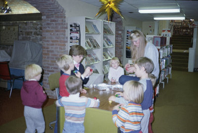 Activities for kids at Niagara-on-the-Lake Public Library in 1970s