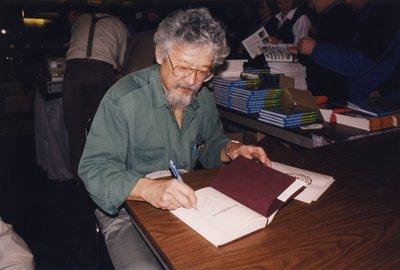 David Suzuki signing books