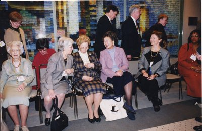 Adrienne Clarkson with librarians at Super Conference 2001