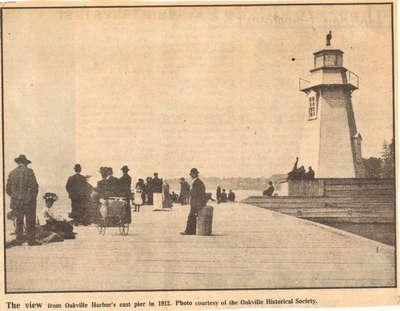 Oakville Harbour's East Pier