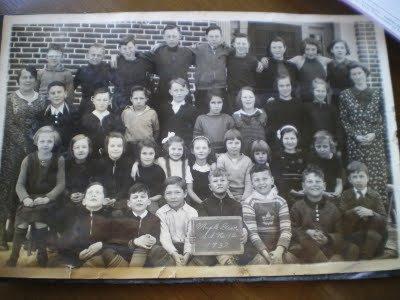 Maple Grove School S.S. No. 12, 1937