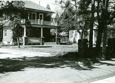 74 Kerr St. North