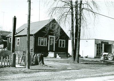 188 Kerr St. North