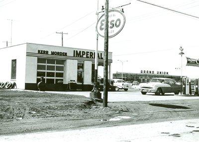 268 Kerr St. North