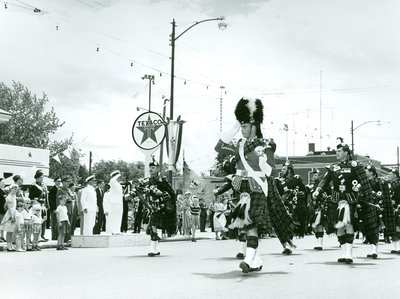 Oakville Centennial Parade