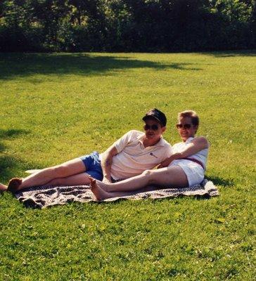Brendan & Maggie Saunders Summer Picnic