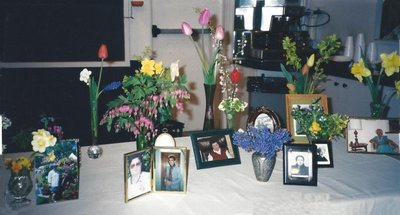 Bronte Horticultural Society Mother's Day Tribute (2002)