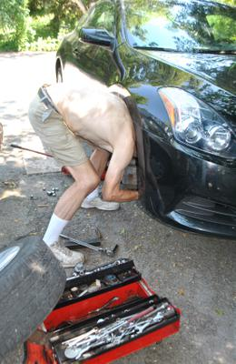 Peter Changes Front Brakes on 2010 Altima
