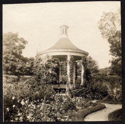 Mount Vernon gardens