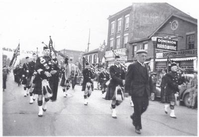 HMCS Oakville's Christening Parade - Lorne Scots Pipe Band