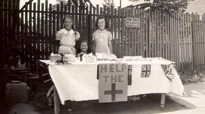 Children raising money for the Red Cross during the Second World War