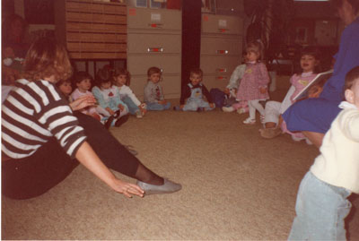 Moms & Tots Petawawa Library Apr 1989