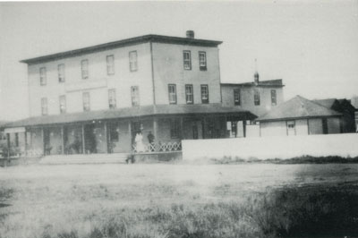 Postcard of a Hotel in Perry Township, 1900