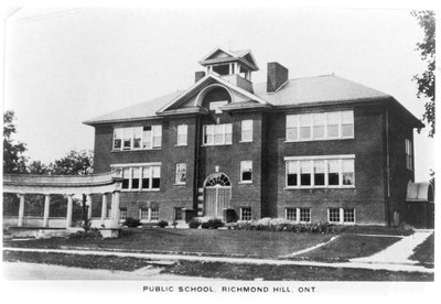 Richmond Hill Public School