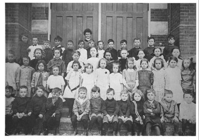 Richmond Hill Public School class (1915)