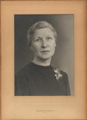 Sarah Elizabeth Hall