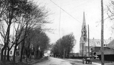 Vue de la rue Notre-Dame (Embrun) en direction ouest, avant le feu de 1932.