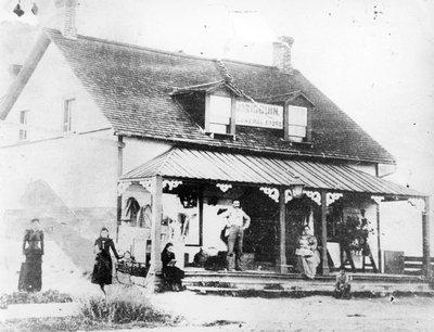 Le magasin général Sigouin à la fin du XIXe siècle.