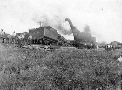 Le déraillement d'un train du New York Central près d'Embrun en 1927.