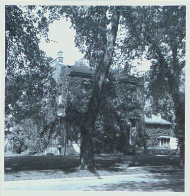 House at 24 Yates Street