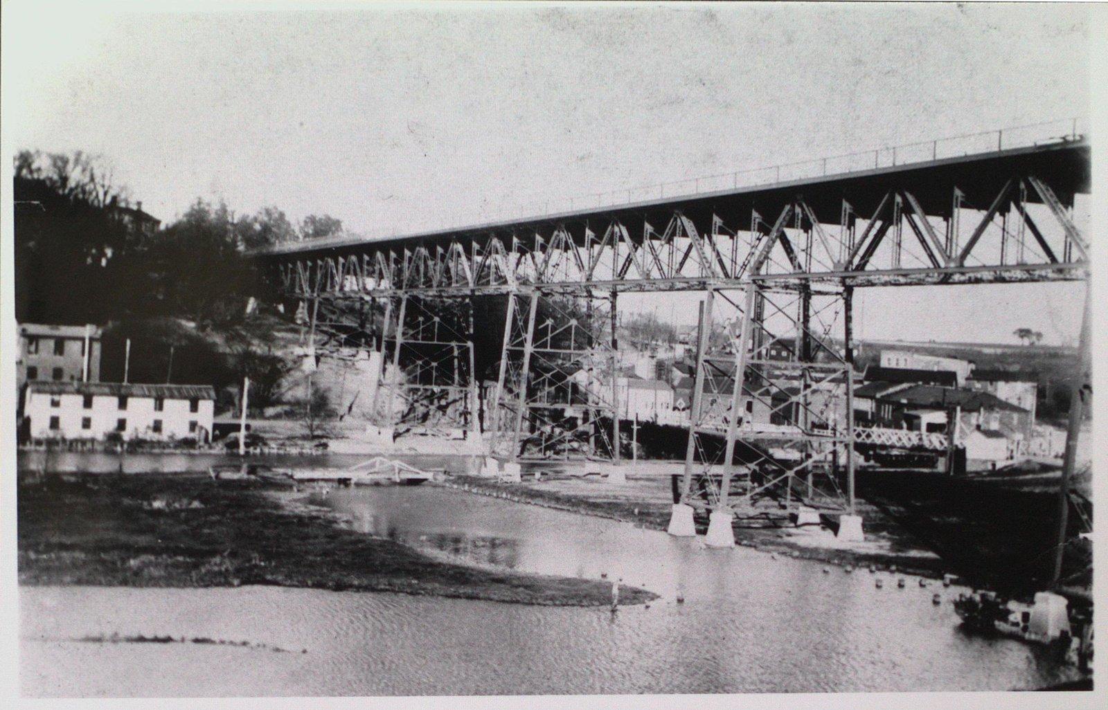 Burgoyne Bridge