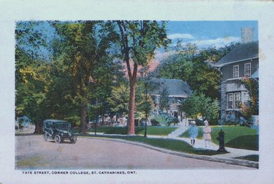Souvenir Folder of St. Catharines: Yates and College Streets