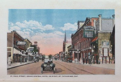 Souvenir Folder of St. Catharines: St. Paul Street