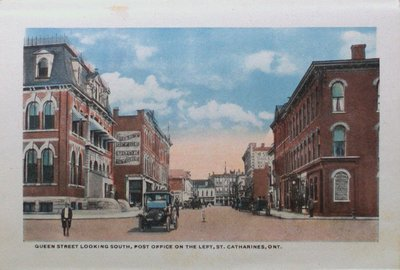Souvenir Folder of St. Catharines: Queen Street Looking South