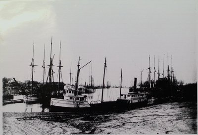"The ""Glengarry"" at Port Dalhousie Harbour"