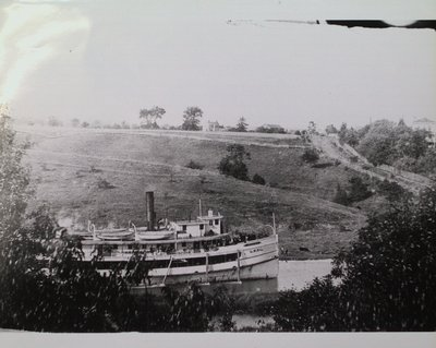 "The Steamer ""Lakeside"""