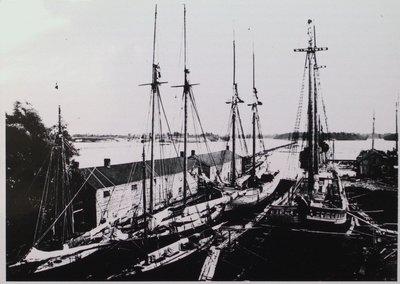 Muir's Dry Dock
